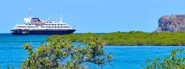 Dest-GalapagosHero
